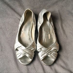Cole Haan Silver Open Toed Leather Flats